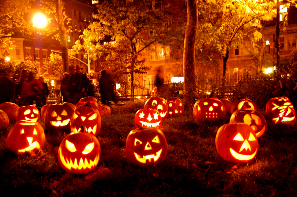 8 Ways To Use Led Lights This Halloween Homerous